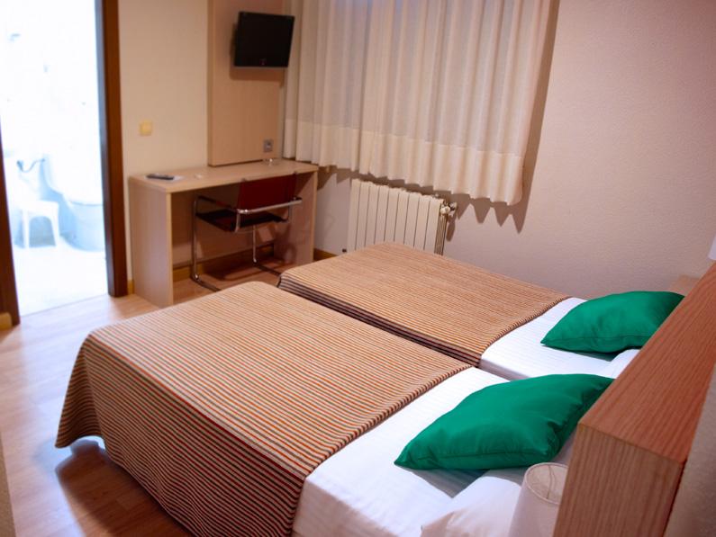habitaciones-hotel-venta-banos-palencia